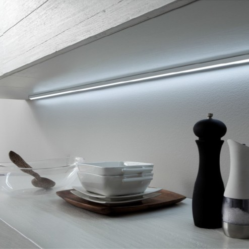 Candeeiro de teto de Led em Alumínio Mod. Lugano para Cozinha