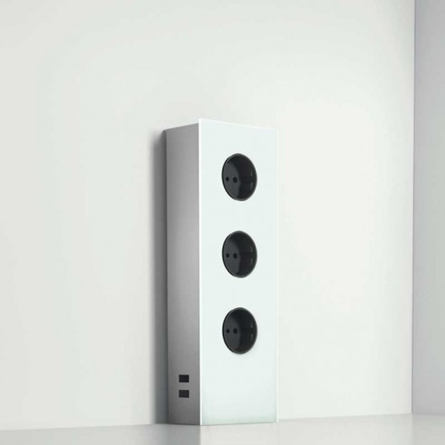 Torre de Tomadas Vertical de Aço Inoxidável e Vidro Branco